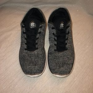 Performance Athletic Shoes Champion® Black Size 5